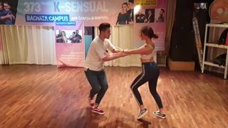 Christian & Gabriela Bachata Sensual Performance in Gangnam Naomi Bar