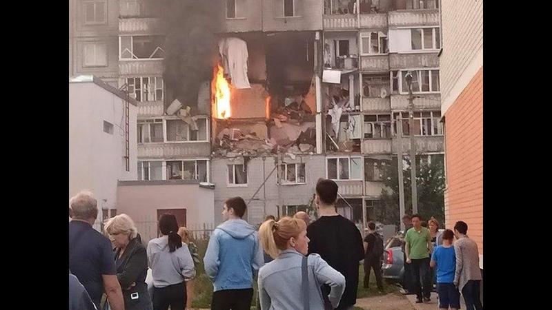 Взрыв в жилом доме в Ярославле Женщину выбросило из окна взрывной волной как окурок из форточки
