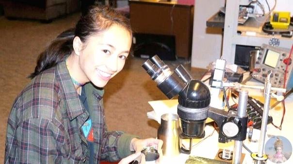 Ум, обаяние и приятная внешность все это возможно встретить в одном человеке Например, Энн (Андини) Макосински канадская студентка, которая выиграла Google Science Fairв 2013 году за