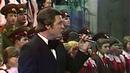 Вечером 9 мая повсей России звучала знаменитая песня «День Победы» вчесть тех, кто защищал Родину. Новости. Первый канал