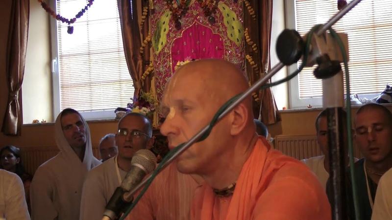 HH Bhaktivaibhava Swami - kirtan 02.08.2012