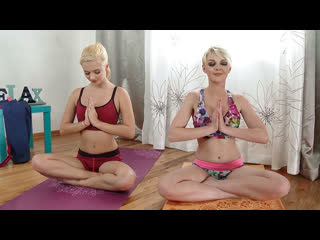 [MYLF] Marie McCray, Riley Star - Yoga With My Step Sis