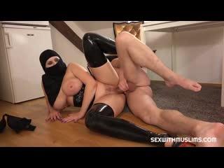 [BH] Раб лижет и ебет большую сочную жопу Angel Wicky трах brazzers sex porno milf anal инцест порно сиськи tits секс squirt ass