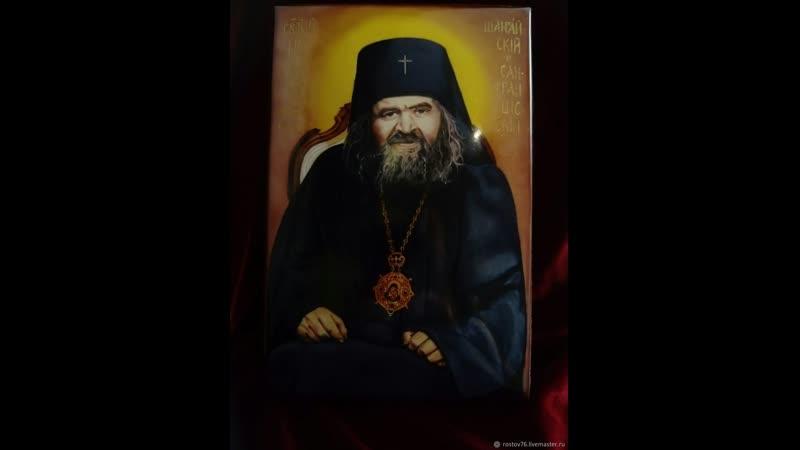 Крымские татарки давали святую воду с молебнов отца Николая и их мужья мусульмане мгновенно бросали пить Есть в Крыму отец