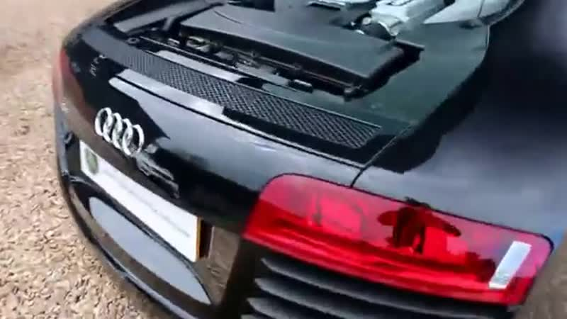 Audi R8 Quattro 4 2 V8 Automatic in Phantom Black with Carbon Fibre Blades Londo