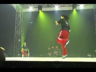 DANCELIVE FINAL 2011 HOUSE TATSUO vs KATSUMI【QUARTERFINAL】:WINNER TATSUO