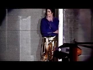 Michael Jackson - The Way You Make Me Feel Live In Seoul Korea 1996