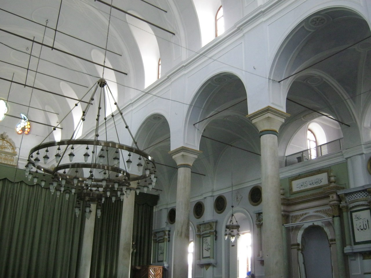 мечеть в Алачати переделана из греческой церкви