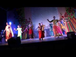 """Индийский танец """"Bhangra"""", исп. детский коллектив под рук. Суниты и Камаль"""