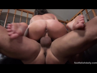 Renee roulette [foot, fetish, sperm, cum]