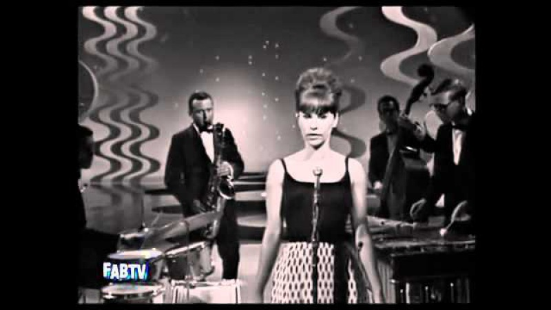 Astrud Gilberto and Stan Getz - The Girl From Ipanema (1964) LIVE