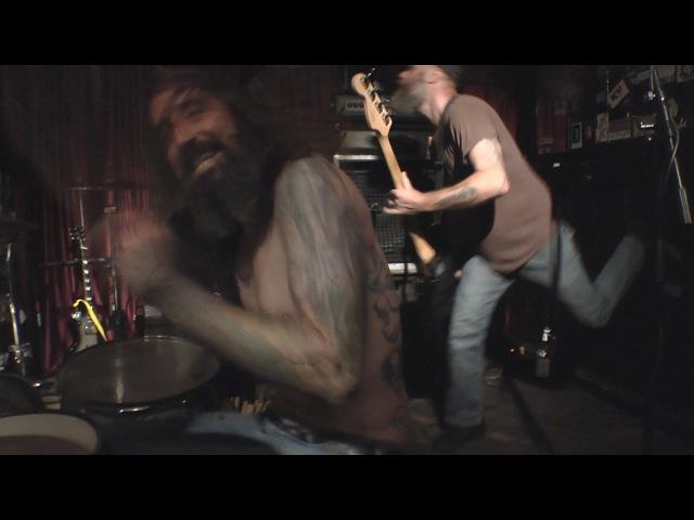 Weedeater - 'Mancoon' - live from Kung Fu Necktie in Philadelphia