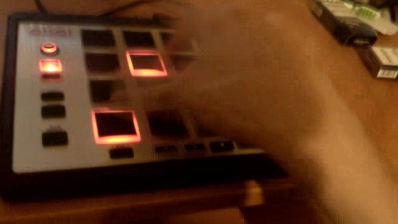 Akai MPC live beatmaking dubstep by animal petstep
