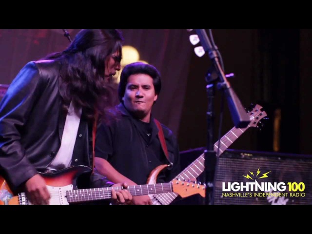 Los Lonely Boys Man To Beat LOTG 2011