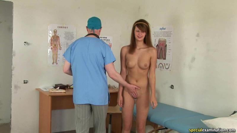 ролик женщины на медосмотре - 3