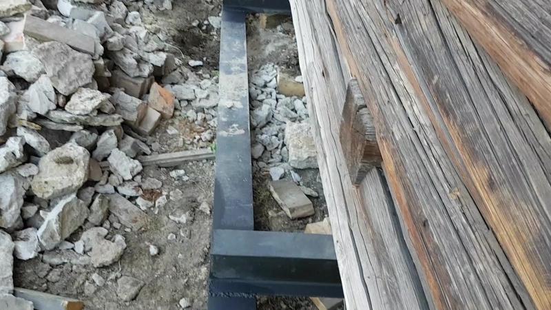 Подъем дома с заменой венцов и фундамента на свайный винтовой 6 на 15 метров