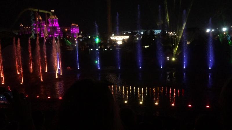 Сочи парк Кусочек лазерно водного шоу