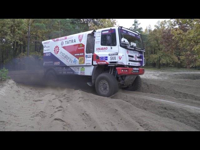 Alex Loprais flying with InstaForex pure sound of Tatra Buggyra
