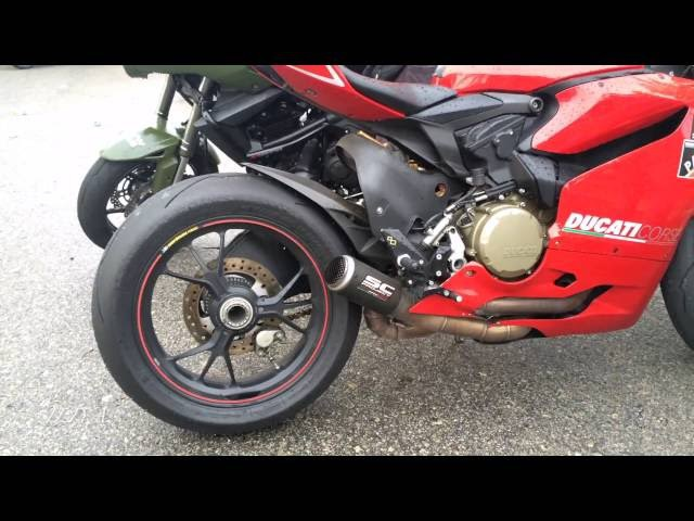 Ducati 1199 Panigale S SC Project exhaust sounds with FLAMES