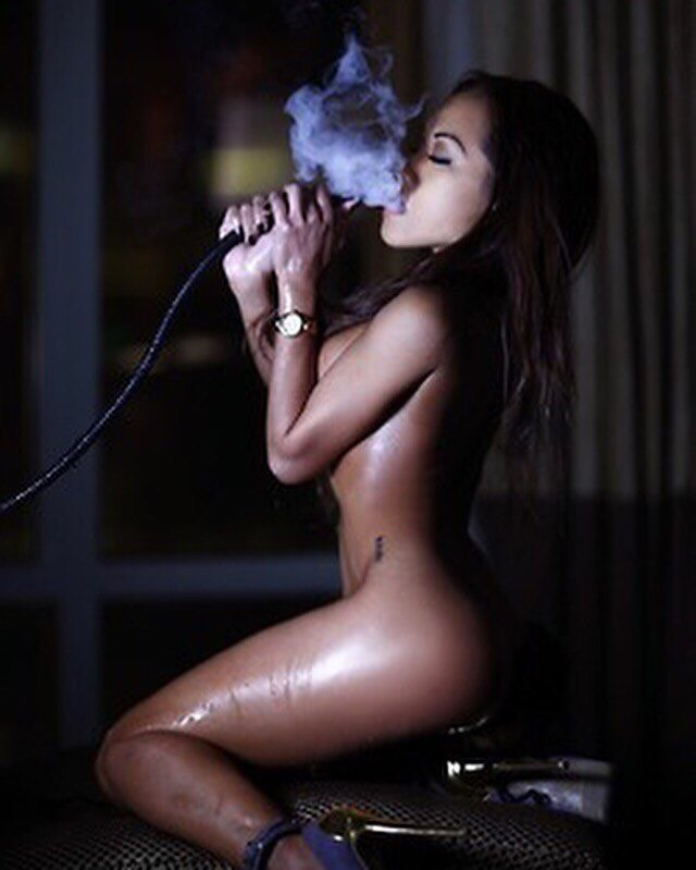 Weed Loves Bongs Stoner Pictures