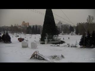 Веб-камеры К24: Демонтаж снежного городка
