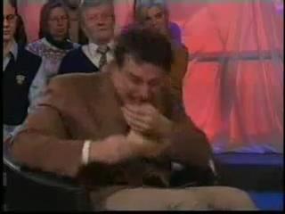 Приступ смеха у ведущего ток-шоу на датском ТВ