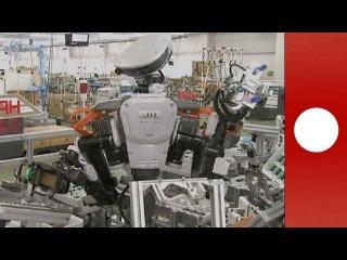 Nextage: Robots japonais et salariés humains travaillent côte à côte - hi-tech