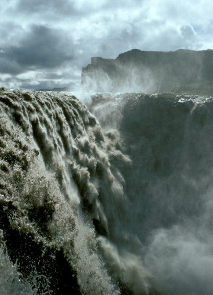 Деттифосс (Dettifoss) — самый мощный водопад в Европе, изображение №4