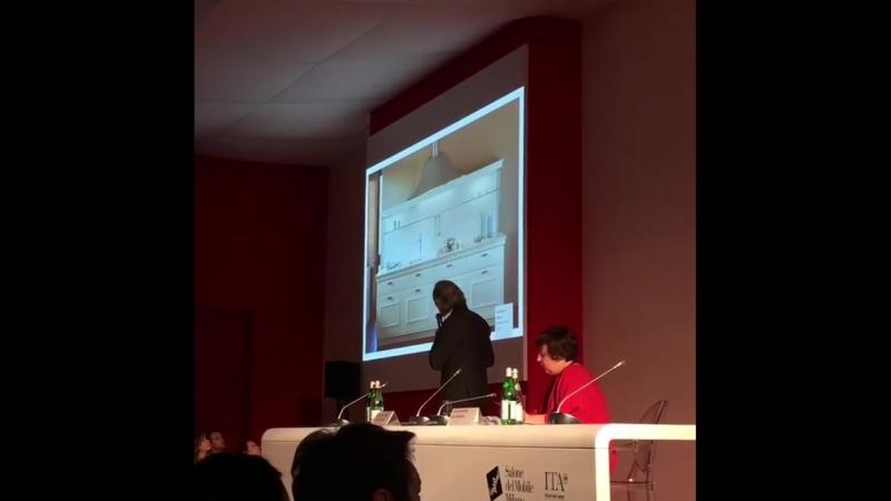 Итальянский архитектор и дизайнер Массимо Йоза Гини Massimo Iosa Ghini работает для таких брендов как Snaidero Bonaldo Cass