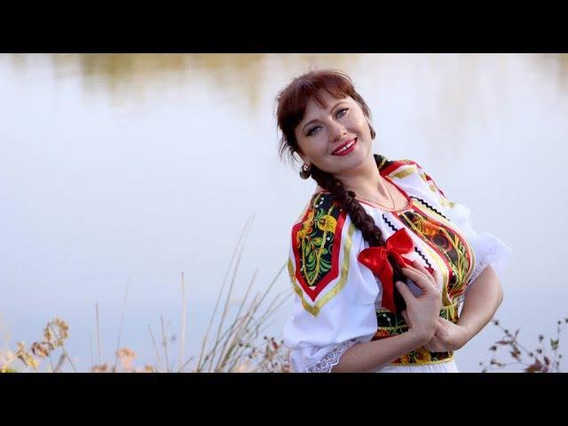 Елена Гуляева Пой моя гармонь.Поёт автор.