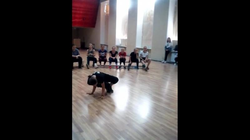Старинская Кристина   Break Dance