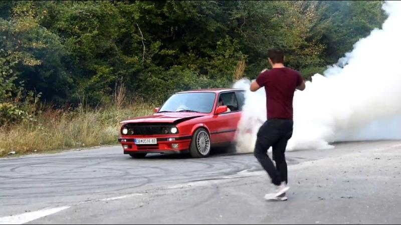 BMW E30 325i M50TUB25 BURNOUT