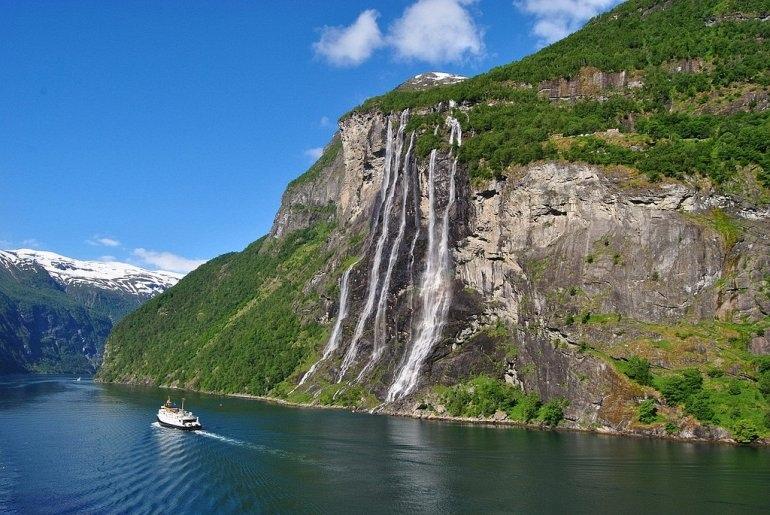 """Водопад """"Семь Сестер"""" в Норвегии, изображение №5"""