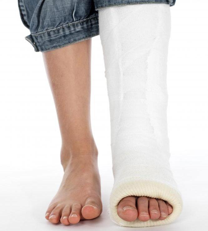 Помощник педиатра может устанавливать и бросать сломанные кости.