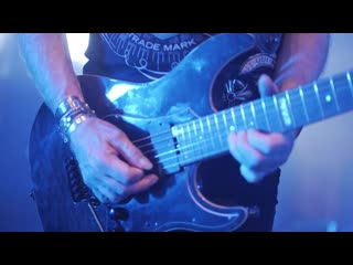 Saxon - Let Me Feel Your Power. Live In .