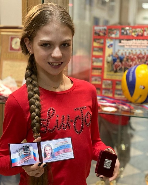 Российские фигуристки заняли весь пьедестал на чемпионате Европы.
