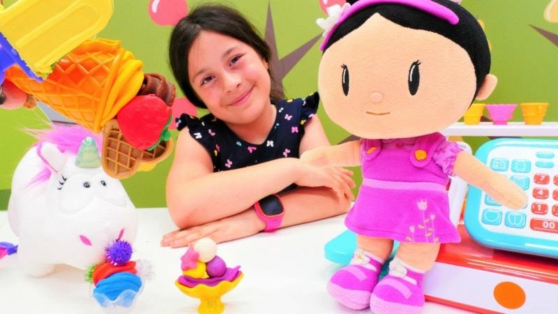 Play Doh dondurma dükkanı Şila oyun hamuru ile oynuyor