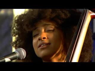 Esperanza_Spalding_-_Precious_Live_at_Amoeba_640x480