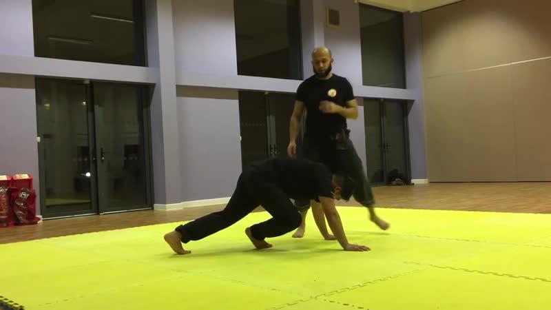 Silat Buka Lingkaran Instructor Ash Miah