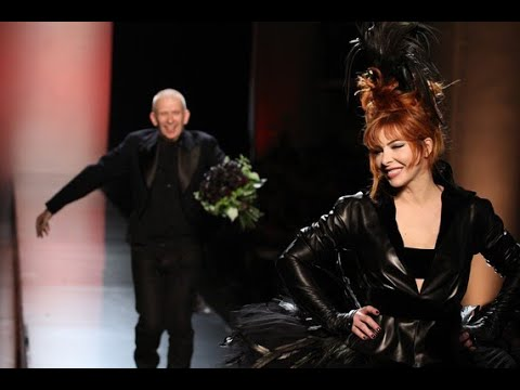 Mylène Farmer Défilé Mode Jean Paul Gaultier Paris 2012 Show Spectacle Robe de mariée en noir