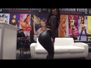 AVN Adult Entertainment Expo 2019 (Kissa Sins, Karma Rx, Tori Black, Holly Hendr