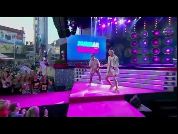 Felix Sandman och Benjamin Ingrosso uppträder i pausen till fansens stora gl… Sommarkrysset TV4