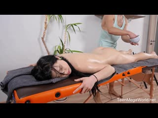 Trickymasseur full body massage with orgasm / juicy leila