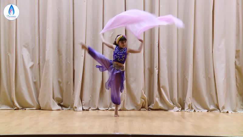 Шамаханская царица - конкурсная работа ученицы хореографиеской школы - студии Росинка