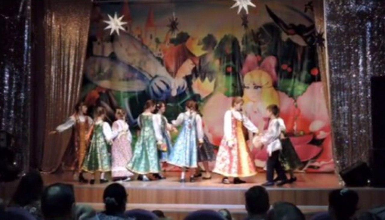 Музыкально-театрализованное представление «Как пошла Коляда» состоялось в школе № 2089