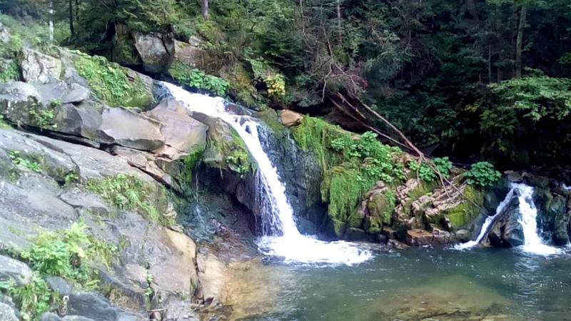 Водоспад Кам'янка у Карпатах