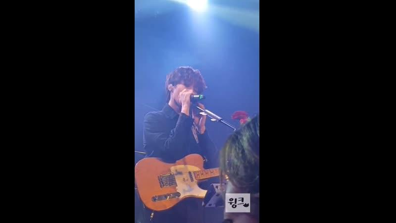 20191229 WE ROSE YOU Live encore in Busan 우성focus 넬 기억을 걷는 시간 cover 1 더로즈 우성 김우성 @TheRose 0803
