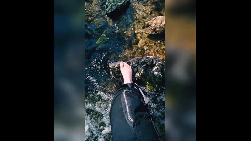 Поход к реке Нерехте дорога майское солнце и ледяная вода