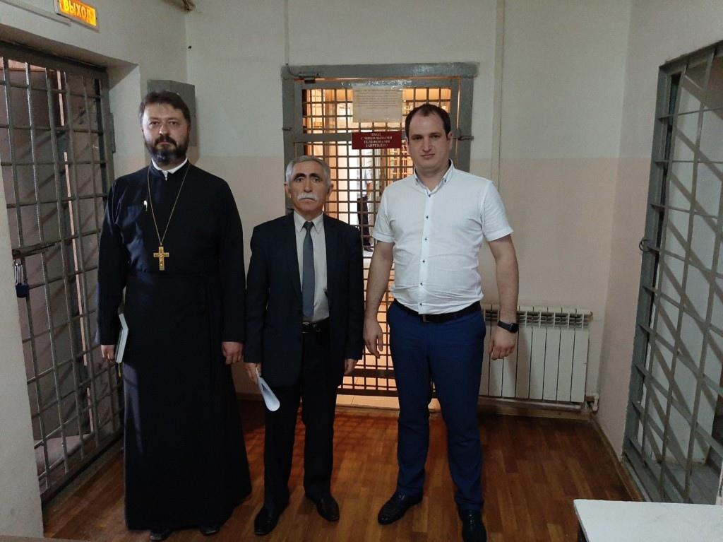 В КЧР проверили условия содержания заключенных под стражей в ИВС ст.Зеленчукской