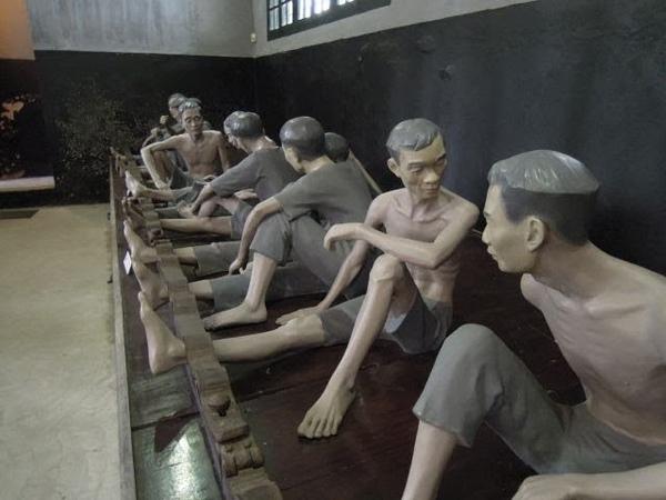 ВЬЕТНАМ. ХАНОЙ ХИЛТОН - HAO LO PRISON MUSEUM HANOI HILTON